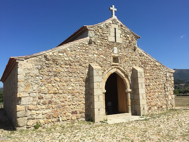 Sao-Pedro-capela-Arganil-onthaasten-in-Centraal-Portugal