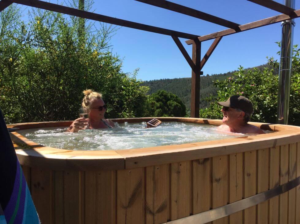 Relaxen in hottub Bed and Breakfast Casa Traca